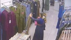 Kadın Hırsızlık Yaparken Güvenlik Kamerasına Böyle Yakalandı