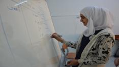 Hem Arapça Hem Türkçe Öğreniyorlar