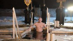 Putin sonunda Bunuda Yaptı