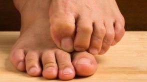 Ayak kokunuzdan hemen kurtulmak için bu yöntemi deneyin