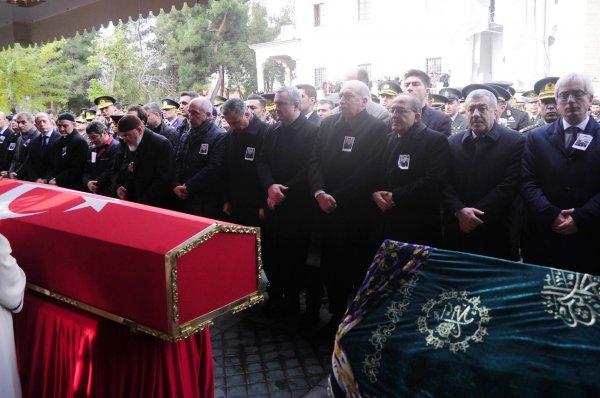 Şehit Üsteğmen Ali Kalo son yolcuğuna uğurlandı