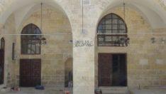 Şanlıurfa'daki tarihi cami ibadete açıldı